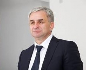 В КЧР с официальным визитом прибыл Президент республики Абхазия Рауль Хаджи ...